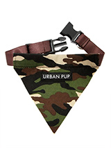 Camouflage Bandana - If you have an action boy or girl this bandana will be right up their street. Just attach your lead to the D-ring and this stylish Bandana can also be used as a collar. It is lightweight, incredibly strong, stylish and practical.